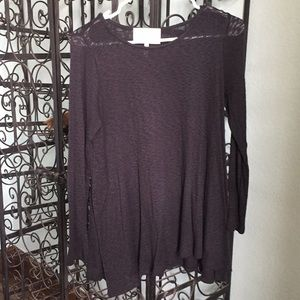 Black Lightweight weight tunic sweater